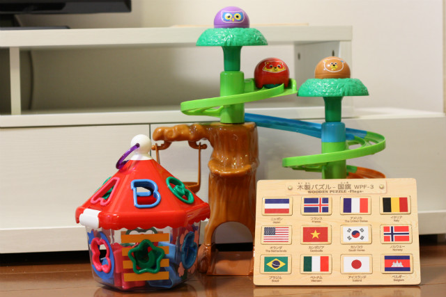 子どもがよく遊ぶ、知育にも良さそうなおもちゃベスト3
