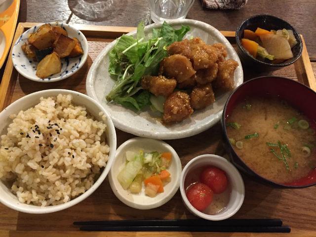 無農薬・減農薬の食材を使ったカフェ「mumokuteki cafe」に行ってきた