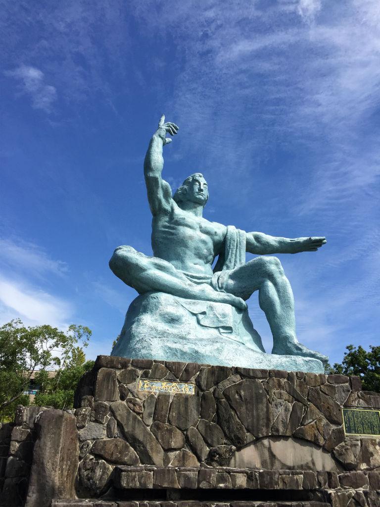 長崎:平和祈念像