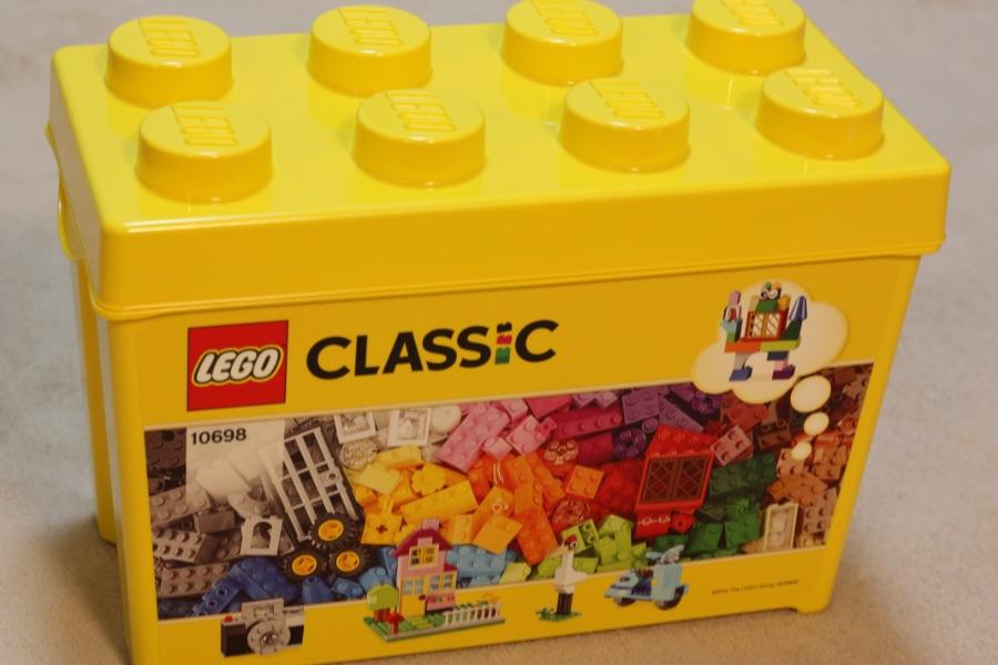 幼稚園の長い夏休み、どうやって過ごそう? → LEGO買いました。