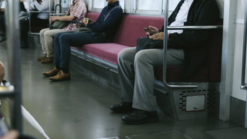 暇な通勤電車の過ごし方